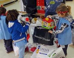 Collecte de jouets et de vêtements chauds