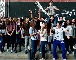 La classe de première option Arts Plastiques devant le Beirut Art Center