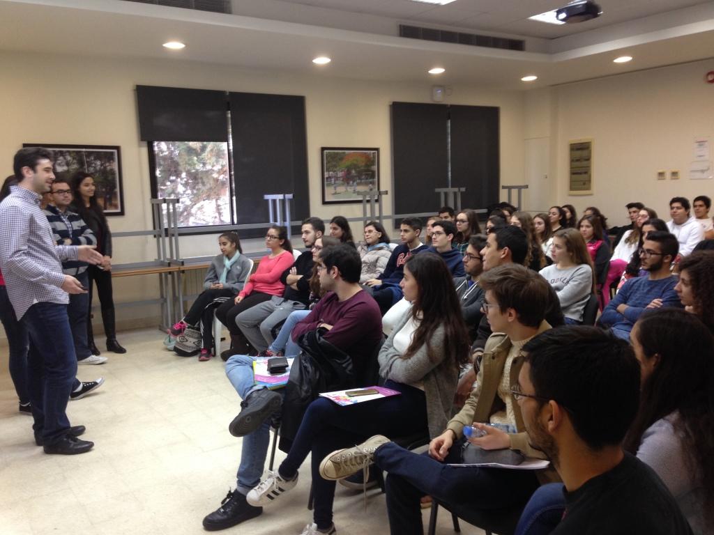 Etudiants en médecine à l'AUB (10.12.2015)
