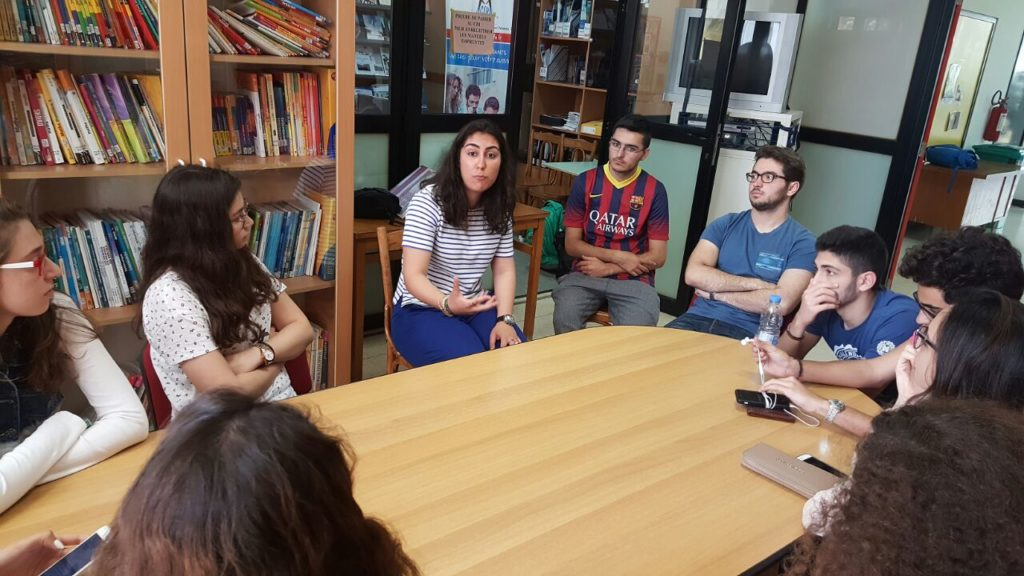 Aline Yatim (ancienne) étudiante  en Première Année des Etudes de Santé (PACES) en France (13.5.2016)