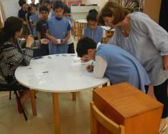 Tout le matériel de vote est présenté en français et en arabe
